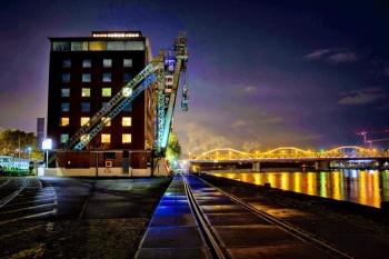 Hafen mit Kurpfalzbrücke   ©Michael Smith
